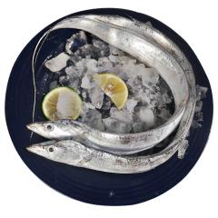 冰冻带鱼 约300-400g一条 一条约300g-400g左右